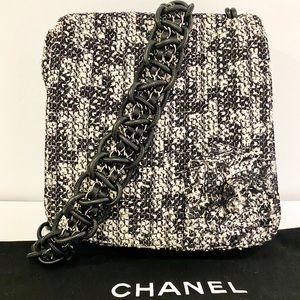 Chanel Tweed Camellia Messenger Flap Bag
